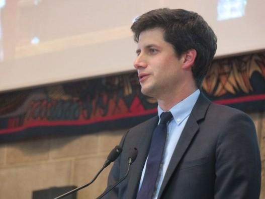 Julien Denormandie signe le plan BIM 2022